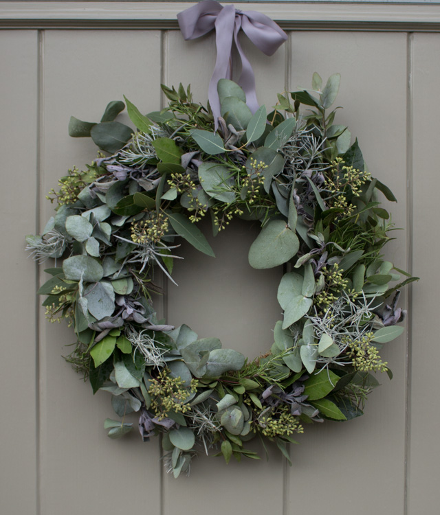 Christmas door wreath with herbs and foliage » Wild Rubus